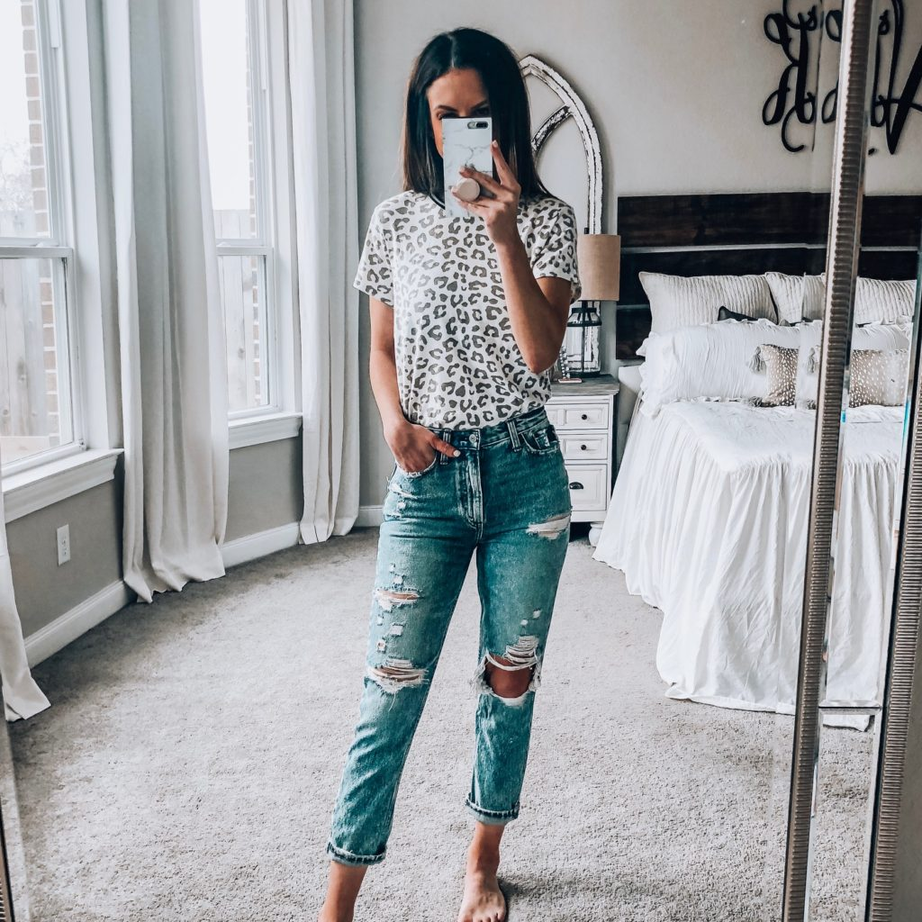 leopard tee and high rise mom jeans